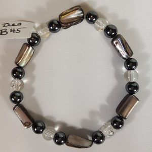 B45 Blk & Slvr Mother Of Pearl Stretch Bracelet